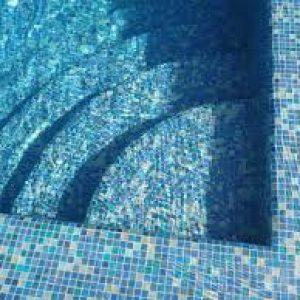 Revêtement de piscine en mosaïque / petit carreaux