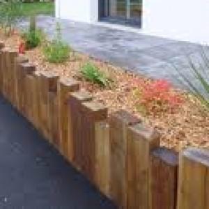 bordure bois brute terrasse