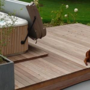 bois terrasse spa exterieur
